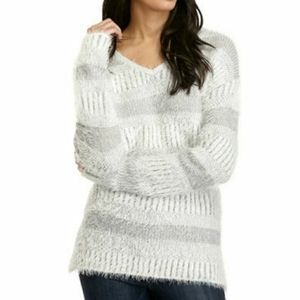 NEW DIRECTIONS Feather Stripe Knit Sweater Medium